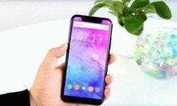 Bloomberg: Google адаптирует Android для устройств с «чёлками» как у iPhone X и нестандартными экранами