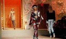 Dolce & Gabbana выпустила на подиум дроны вместо моделей