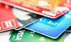 Криптовалютная дебетовая карта использует ИИ для совершения лучших сделок