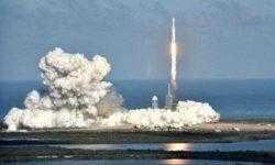 Помимо электромобиля ракета Falcon Heavy отправила в космос секретный груз