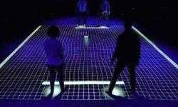 Видео дня: двигаем ногами — играем в интерактивный «пинг-понг» GRID
