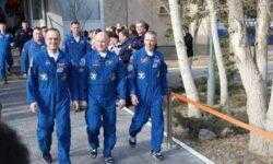 Очередная длительная экспедиция успешно стартовала к МКС