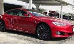 Tesla отзовёт 123 тысячи электромобилей Model S из-за проблем с электроусилителем руля