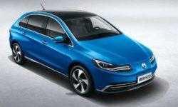 В Китае начался выпуск электромобиля Denza 500