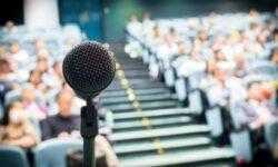 Держать аудиторию: семь советов о том, как выступать на международных конференциях