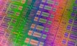 Intel может снова выйти на рынок смартфонов, планшетов и носимых устройств