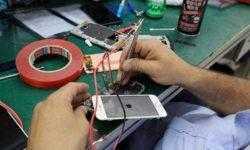 Названы смартфоны, чаще всего сдаваемые в ремонт в Москве