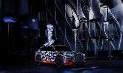 Прототип электрокара Audi e-tron предстал в клетке Фарадея