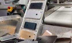 Видео дня: робот Daisy поможет Apple утилизировать «отжившие» свой срок iPhone