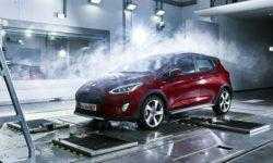 «Фабрика погоды» Ford воспроизводит любые климатические условия