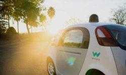 Кремниевая долина побеждает в гонке по созданию автономного транспорта