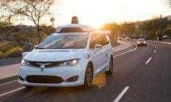 Видео столкновения робомобиля Waymo в Аризоне