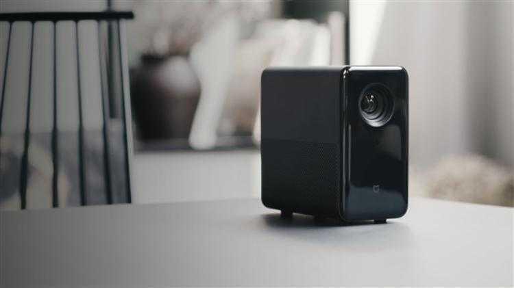 Фото Xiaomi представила DLP-проекторMijia Projector за $626
