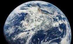 Земля обладает далеко не самым большим запасом воды в Солнечной системе