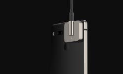 Essential Энди Рубина показала магнитный порт для подключения наушников к Essential Phone