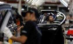 Переход на выпуск электромобилей грозит немецкому автопрому потерей 75 тысяч рабочих мест