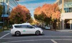 Waymo впереди планеты всей: робомобили компании откатали 11 млн километров