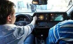 Яндекс показал демомобиль на базе Toyota RAV4 с платформой Яндекс.Авто