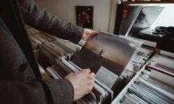 «Чтение на выходные»: 25 материалов для начинающих любителей винила