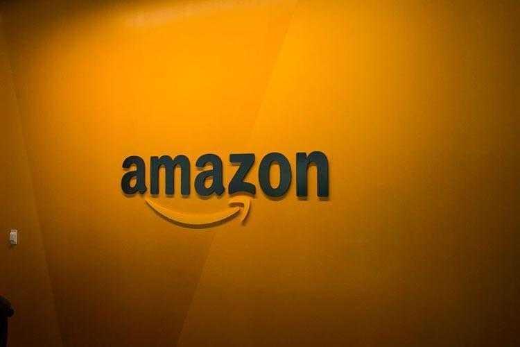 Фото Доля Amazon на рынке онлайн-торговли США составляет уже 49%