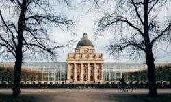Найти работу начинающего графического дизайнера в Германии