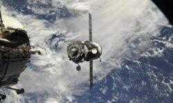 Прогресс отправили к МКС по сверхкороткой схеме полета