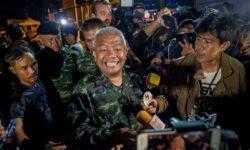 [В режиме лайв] Операция по спасению детей из затопленной пещеры Таиланда началась