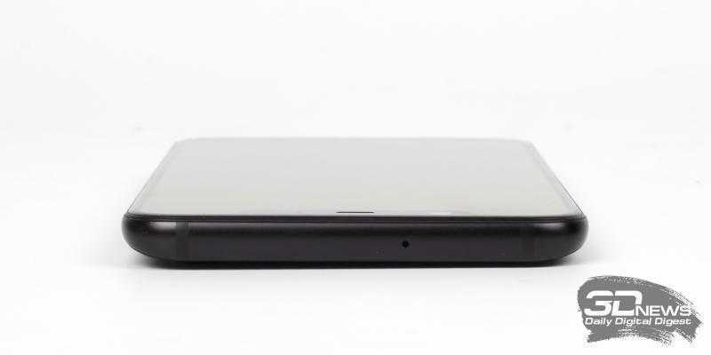 Xiaomi Mi 8, верхняя грань: дополнительный микрофон