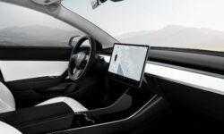 Отчет Tesla показал более высокие убытки и выручку, чем ожидали инвесторы