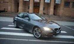 Сервис каршеринга Anytime снимет брендированные наклейки со всех машин после эксперимента с BMW