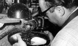 Сломанная нога и кусок украденной кожи вдохновили солдата Вермахта создать обувь: история компании Dr. Martens