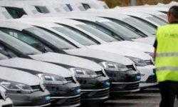 Благодаря скидкам продажи Renault, VW и Fiat Chrysler резко выросли перед вводом более жёстких тестов на выбросы