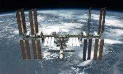 Made in space: кто будет делать оптоволокно на МКС
