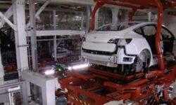 Tesla поставила квартальный рекорд по объему произведенных электромобилей