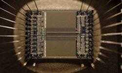 Китайцы использовали микрочип, чтобы контролировать американские компьютеры