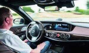Mercedes-Benz планирует к 2020 году оборудовать автомобили S-класса системой автономного управления Level 3