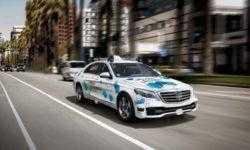 Mercedes-Benz и Bosch запустят в Сан-Хосе сервис перевозок самоходными автомобилями
