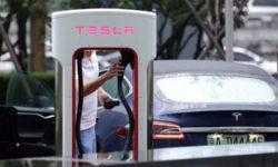 Tesla снизила цену Model X и Model S для китайских потребителей