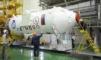 Российские космонавты обследовали отверстие в обшивке корабля «Союз МС-09»