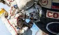 Шутки о недавнем выходе космонавтов в открытый космос