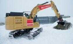 Caterpillar представила электрический 26-тонный экскаватор с гигантским аккумулятором весом 3,4 т
