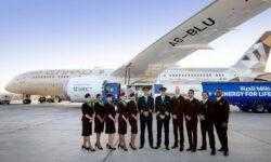 Компания из ОАЭ провела первый коммерческий рейс самолета, работающего на биотопливе