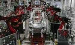 Tesla сокращает 7 % персонала