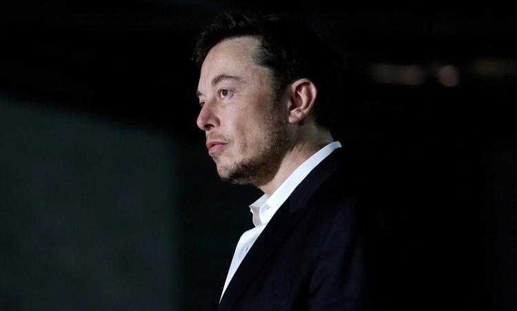 У Илона Маска есть веский повод не дать Tesla обанкротиться: если через 10 лет он останется главой компании и увеличит её капитализацию в 12 раз, акционеры выплатят ему вознаграждение в размере $55 млрд
