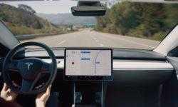 Электромобиль Tesla Model 3 поставляется в Европу с отключённым автопилотом