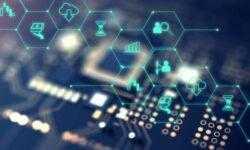 Финтех-дайджест: робот ЦБ против финансовых пирамид, банки проверяют данные абонентов сотовых операторов