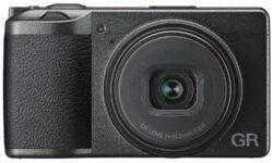 Фотокамера Ricoh GR III премиум-класса получила сенсорный экран и систему стабилизации