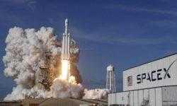 Илон Маск и SpaceX подали в суд на NASA
