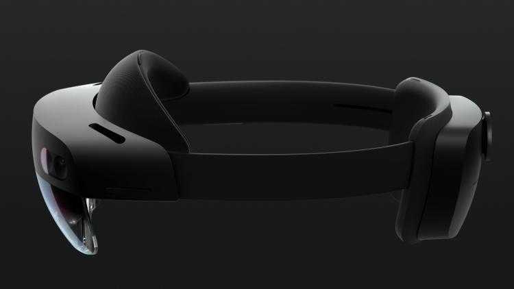 Фото Microsoft представила очки смешанной реальности HoloLens 2