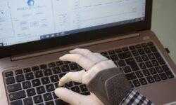 Новый умный протез руки наделен чувствительностью и повышенной гибкостью